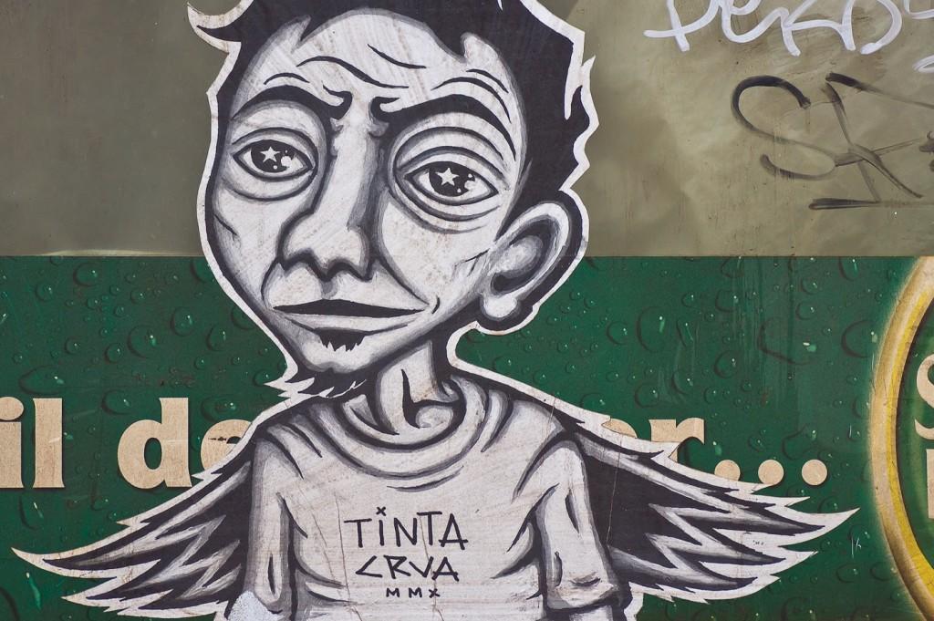 Tinta Crua - Lisboa