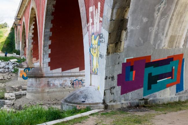 Tomar los puentes (18)
